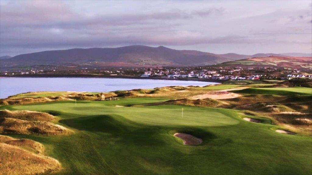 Double green sur le parcours de golf de Hogs Head en Irlande
