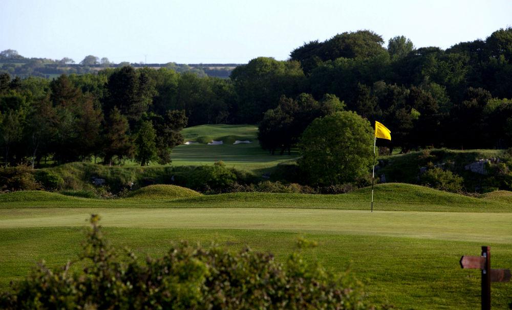 Par 3 sur le parcours de golf de Cork en Irlande