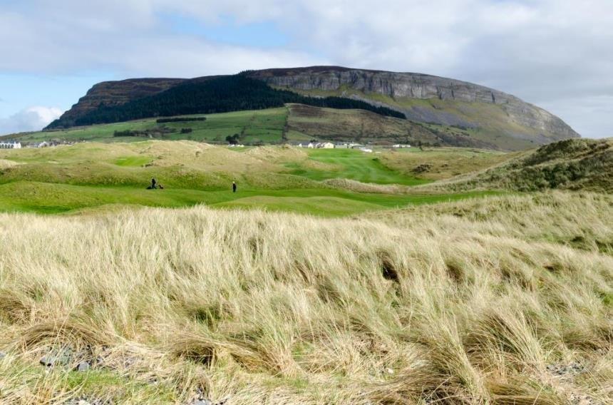 Montage sur le golf de Strandhill en Irlande
