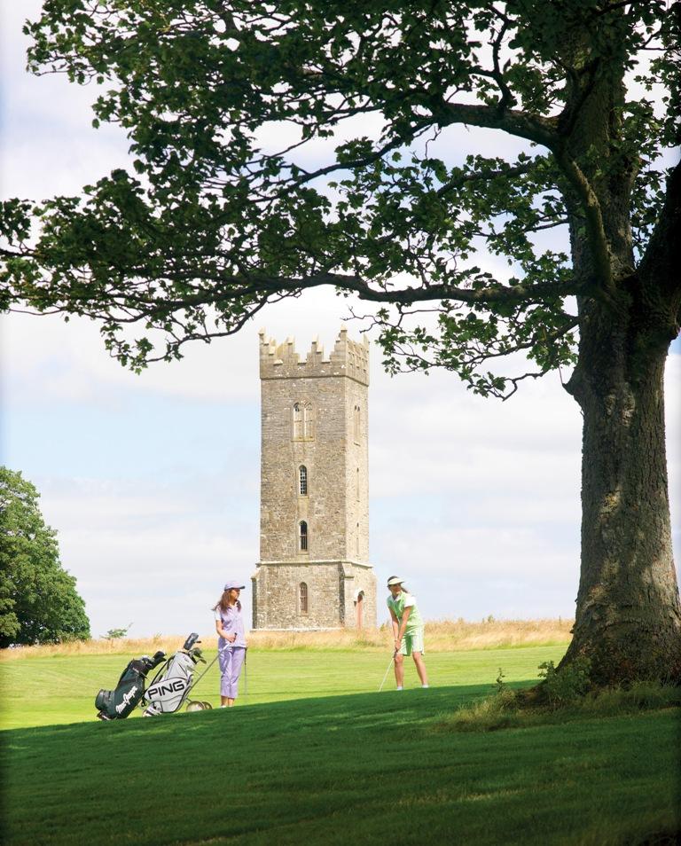 Golfeurs sur le parcours de Carton House (Montgomerie)