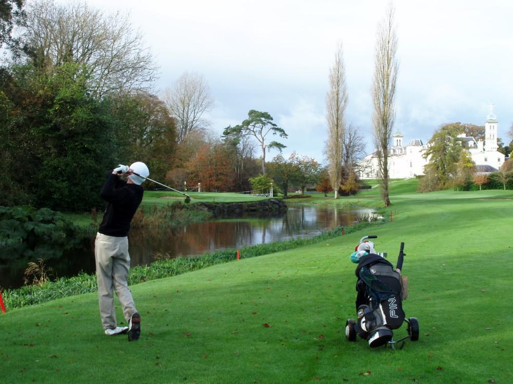 Golfeur sur le parcours du K Club (Palmer Ryder Cup)