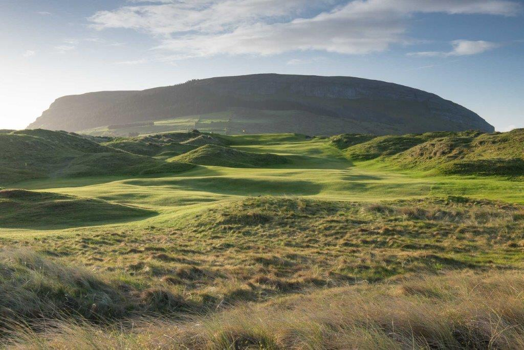Belle photo du golf de Strandhill en Irlande